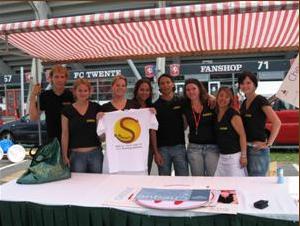Stichting Matthijs bij open dag FC Twente